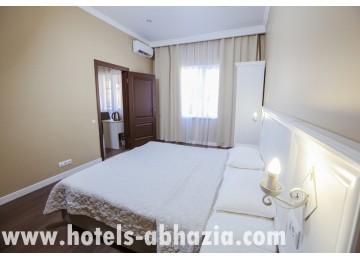 Отель Абаата 2-местный 2-комнатный люкс корп.2,3