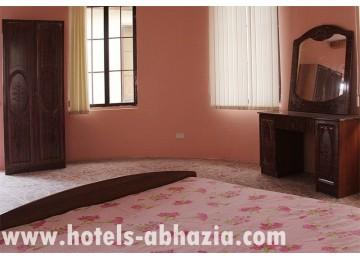 Мини-отель «Абхазия» 2-местный полулюкс