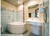 Отель «Alex Beach Hotel», Люкс 2- комнатный  , ванная комната