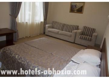 Гостиничный комплекс «Райда» 2-местный 1-комнатный улучшенный (№№121, 127, 131, 137)