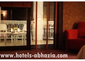 Гостиничный комплекс «Райда» 2-местный 1-комнатный улучшенный (вид на море, №№222, 232, 242, 252)