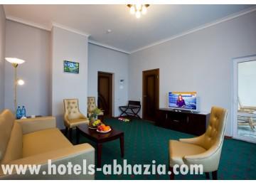 Отель Wellness ParkHotel Gagra 2-местный 2-комнатный VIP