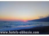 Отель «Жоэквара»,  закат в Абхазии