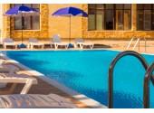 Отель  «Золотой Якорь» , Гудаута | Территория, внешний вид, бассейн