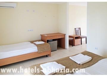 Отель «Анакопия Клаб» 3-местный стандарт плюс в коттедже