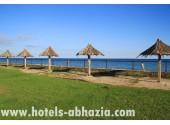 Коттеджный комплекс «Бамбора», пляж  в Гудауте