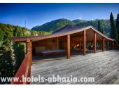 Гостиница «Грифон»,  открытая летняя веранда