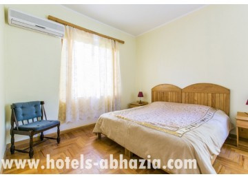 Гостиница «Апсара» 2-местный 2-комнатный номер