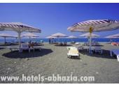 Отель «Paradise Beach» /«Парадайз Бич», собственный, оборудованный пляж