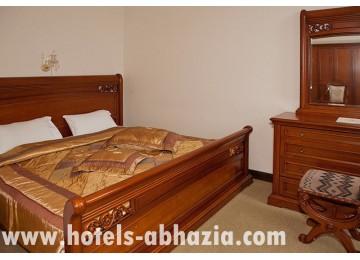 Отель  «Атриум-Виктория» 2-местный 2-комнатный люкс