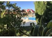 «Гранд Отель Сухум» , территория, внешний вид, бассейн