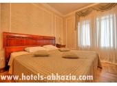 Гостиница «Рица», Люкс 2-х местный 2-х комнатный
