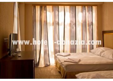 Стандарт 2-х местный 1-но комнатный номер без балкона| Отель  «Napra Hotel & Spa»  /  «Напра  СПА»