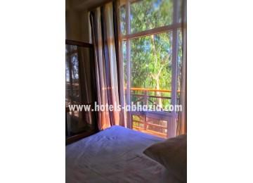 Стандарт 2-х местный 1-но комнатный номер с балконом| Отель  «Napra Hotel & Spa»  /  «Напра  СПА»